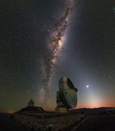 Una fotografia della Via Lattea, risultato di qualche secondo di esposizione in un cielo terso e buio