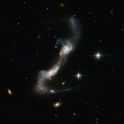 UGC 8335, telescopio Hubble
